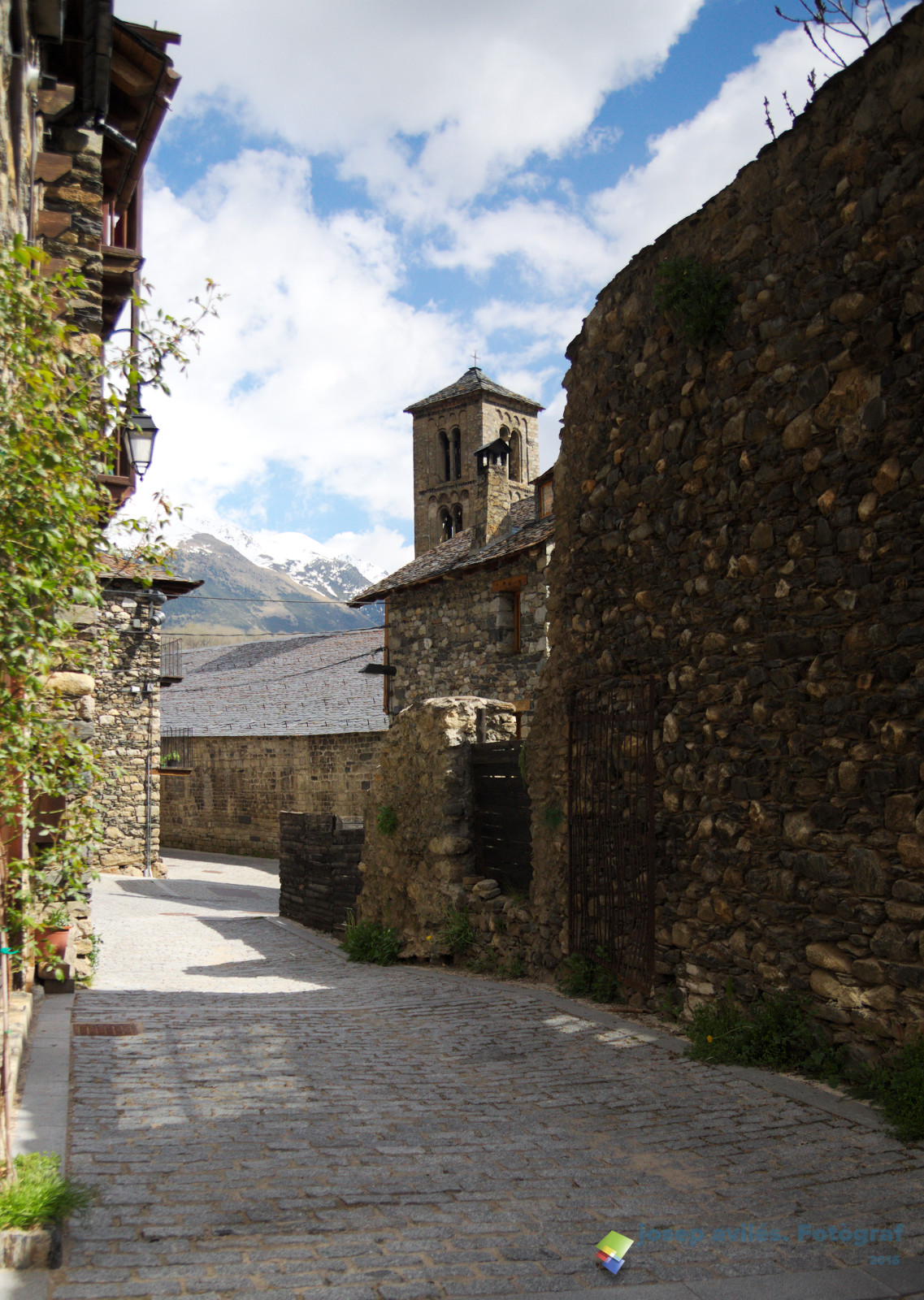 Santa Maria de Taüll. Alta Ribagorça. Catalunya